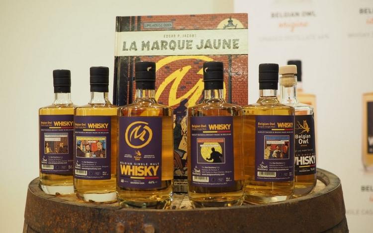 4 bouteilles de whisky blake et Mortimer centaurclub